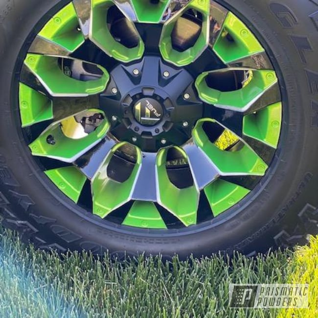 """Powder Coating: Wheels,Custom Two Tone,20"""" Wheels,Ink Black PSS-0106,Aluminum Rims,Illusion Sour Apple PMB-6913,Two Tone Wheels,20"""",Two Toned,Aluminum Wheels,Custom Jeep Wheels,Clear Vision PPS-2974,2 Color Application,Rims,Fuel Wheels,Two Tone,Jeep,Jeep Rims,Illusions,Jeep Wheels"""