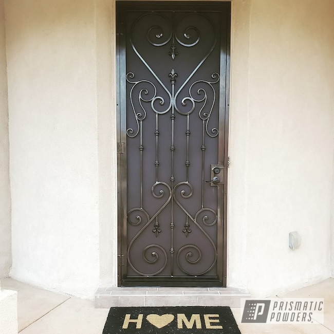 Powder Coated Door In Psb-6737 And Pmb-4152