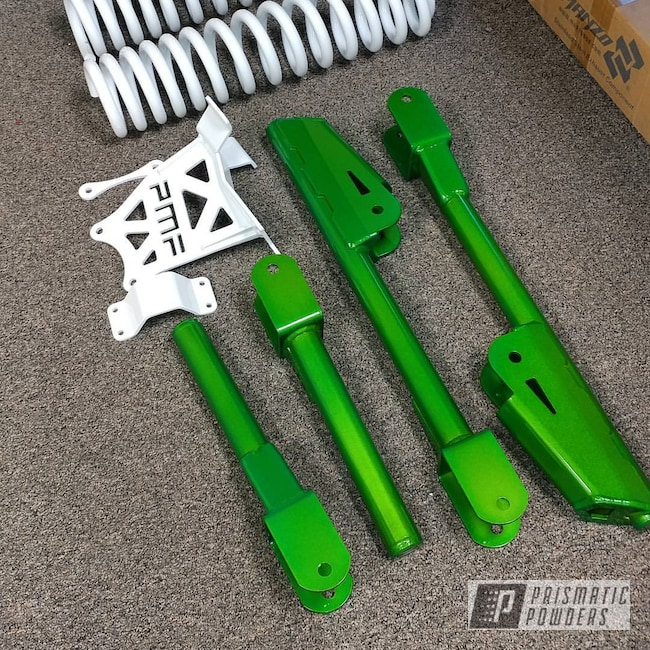 Powder Coating: Illusion Lime Time PMB-6918,Clear Vision PPS-2974,Polar White PSS-5053,Lift Kit,Ford,Powder Coated Lift Kit,F350