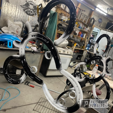 Powder Coating: Horseshoe,Ink Black PSS-0106,2 Stage Application,Clean White PSS-4950,Miscellaneous