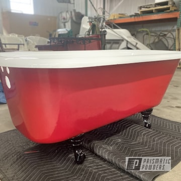 Powder Coated Bathtub In Uss-2603, Ral 3002 And Ral 9003
