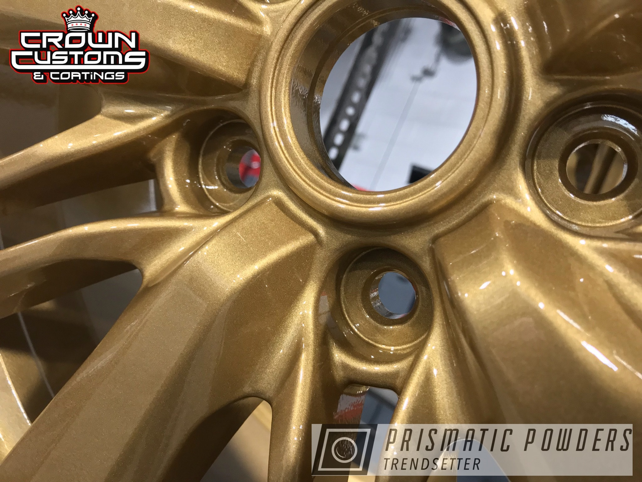 Powder Coating: Wheels,Automotive,Clear Vision PPS-2974,Prismatic Gold HMB-4137