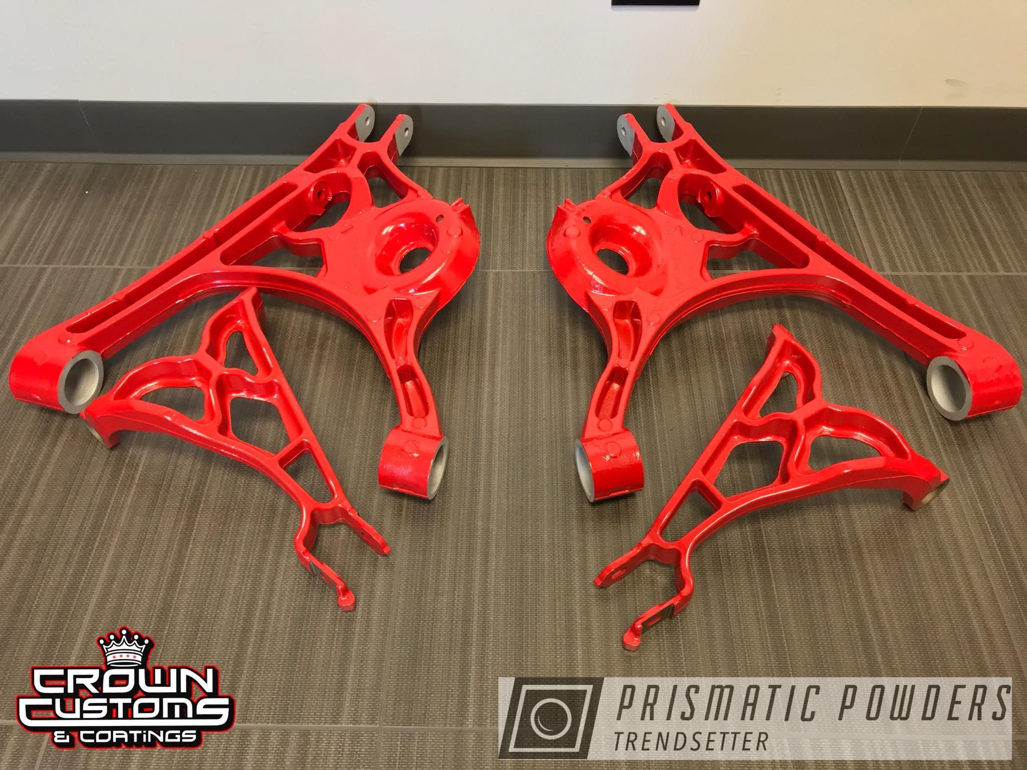 Powder Coating: Very Red PSS-4971,Suspension