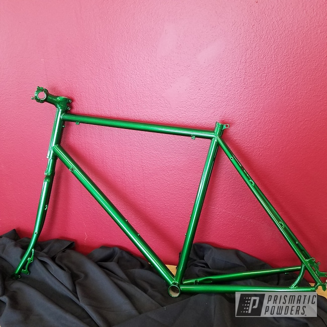 Powder Coating: Bicycles,Illusion Money PMB-6917,Clear Vision PPS-2974,Two Stage Application,Bike Frame