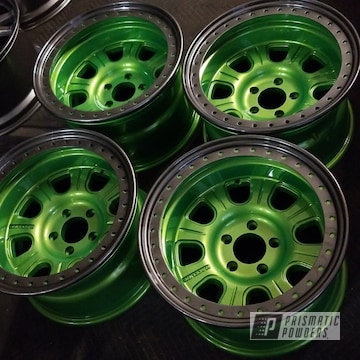 Jeep Wheels Coated In Illusion Lime Time, Kingsport Grey And Clear Vision