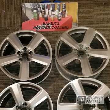 A Set Of 18-inch Audi Wheels In Glass Grey