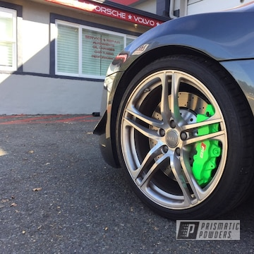 Audi R8 Spider Brake Calipers With Clear Vision Over Bright Green