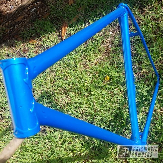 Powder Coating: Bicycles,Clear Vision PPS-2974,Bike Frame,Illusion Lite Blue PMS-4621,Custom Bike
