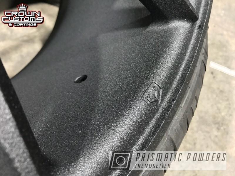 Vossen Wheels refinished in a Black Cast Powder Coating