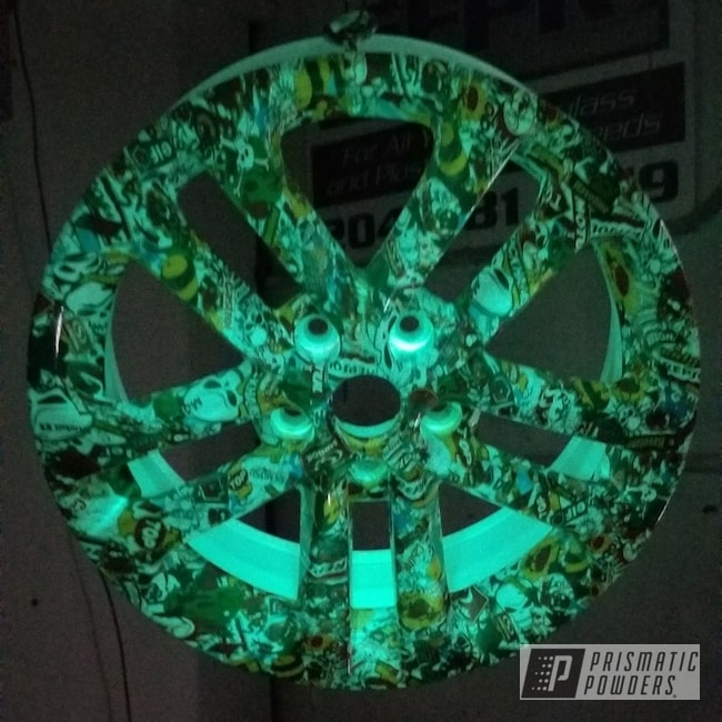 Powder Coating: Wheels,Automotive,Glowing Wheels,Custom Wheels,Glow in the Dark Powder Coat,Gloss White PSS-5690,Glow-In-The-Dark,Glowbee Clear PPB-4617