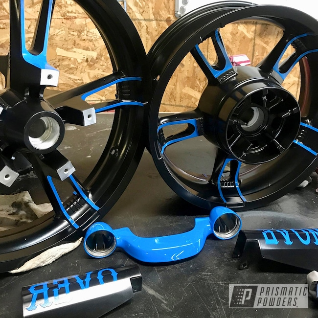 Powder Coating: Matte Black PSS-4455,Harley Davidson,Powder Coated Parts,Playboy Blue PSS-1715,Two Tone Wheels,Black and blue,Motorcycles,Custom Powder Coated Parts