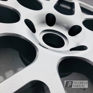Powder Coated Porsche Cayenne Wheels In Alien Silver
