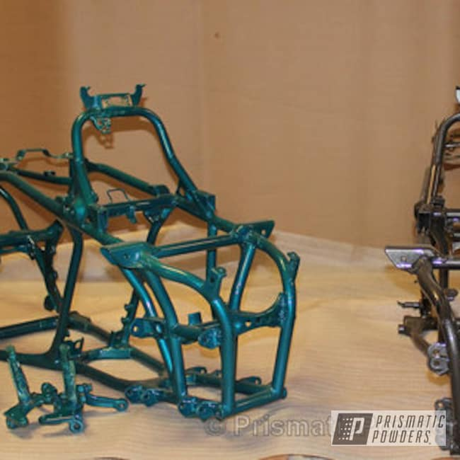 Powder Coating: Single Powder Application,ATV Frames,ATV,Kingsport Grey PMB-5027,Solid Tone,Neon Green PSS-1221