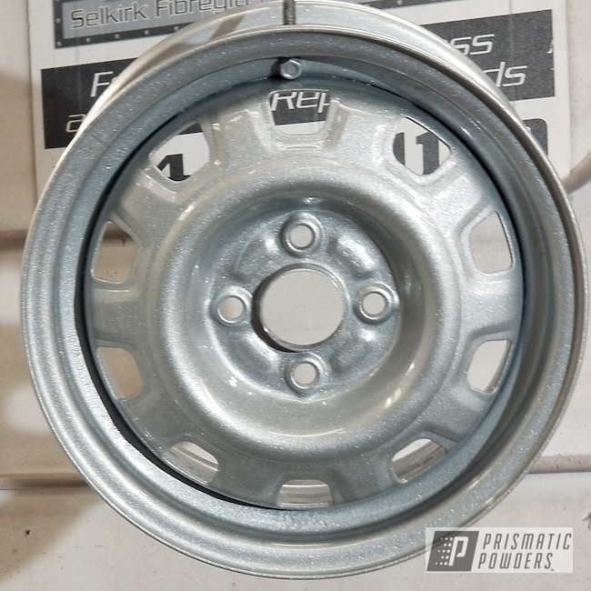Powder Coating: Wheels,Automotive,Star Gaze PPB-4522,Clear Vision PPS-2974,Alien Silver PMS-2569