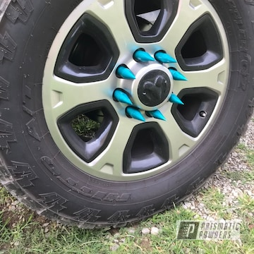 Dodge 2500 Automotive Lug Nuts Powder Coated In Jamaican Teal And Clear Vision