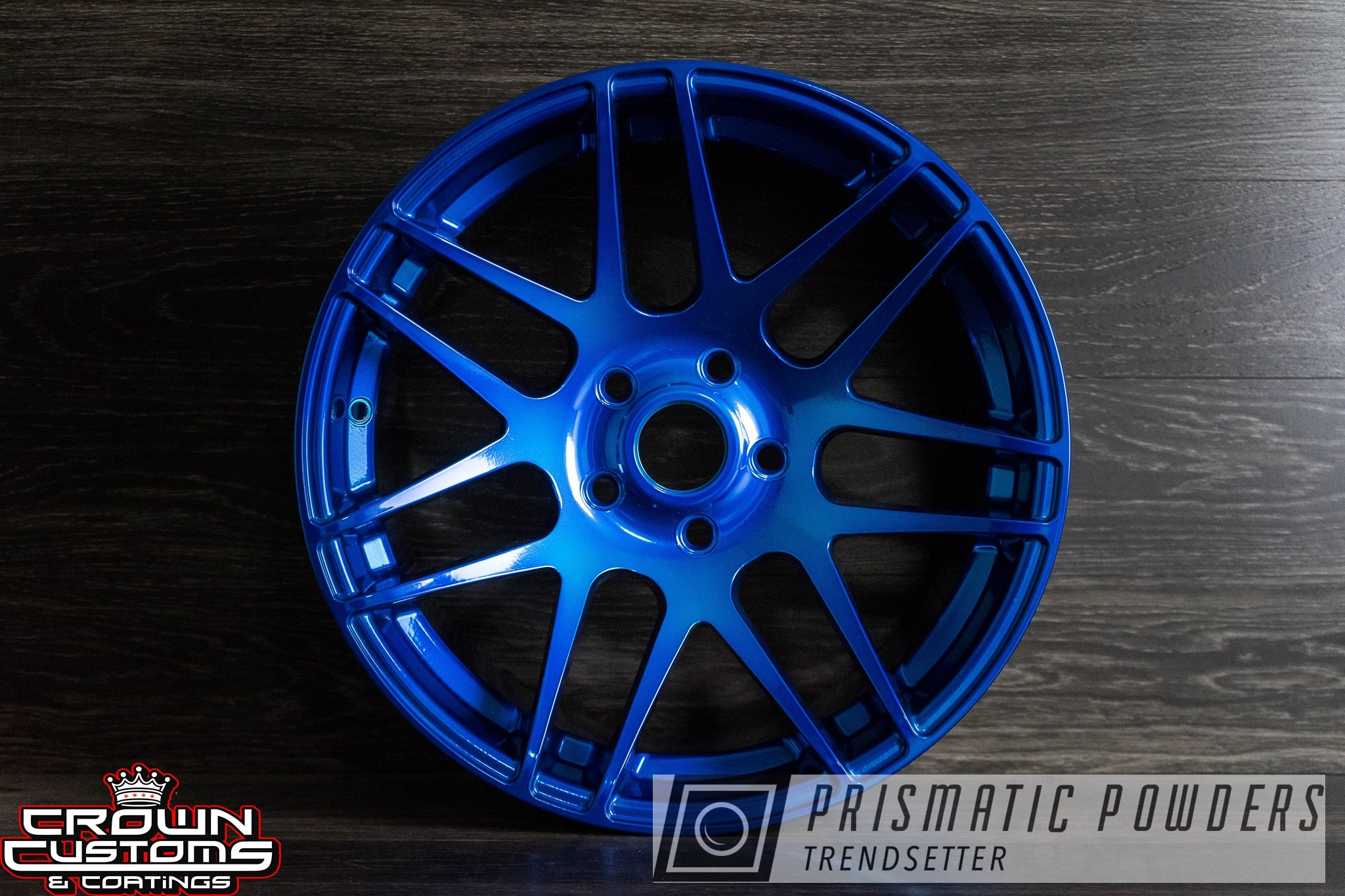 Powder Coating: Wheels,Automotive,Custom Wheels,Super Chrome USS-4482,Super Chrome Base Coat,Peeka Blue PPS-4351,Lollypop Red UPS-1506,Cars