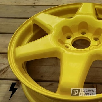 Demo Cadillac Wheel Powder Coated In Hot Yellow With Clear Vision Top Coat
