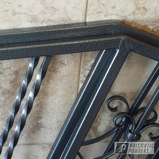 Powder Coating: Railings,Clear Vision PPS-2974,Two Stage Application,Hand Railings,Silver Artery PVS-3014