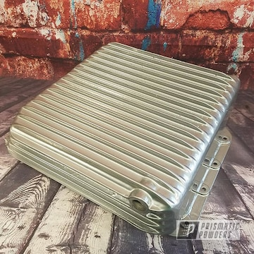 Automotive Oil Pan In Clear Vision And Super Chrome